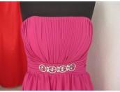 бутикова романтична рокля в цикламено с луксозни кристали