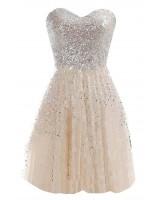 къса бална рокля обсипана с пайети в шампанско