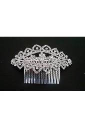 сияещ сватбен гребен с декоративни кристали