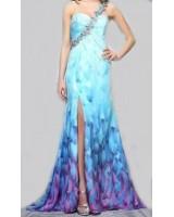 маркова официална рокля от шифон с богата декорация от камъни