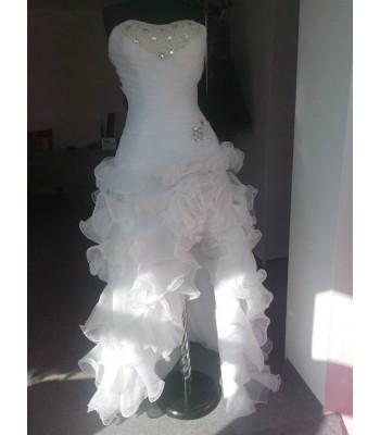 сватбена рокля тип салса на връзки