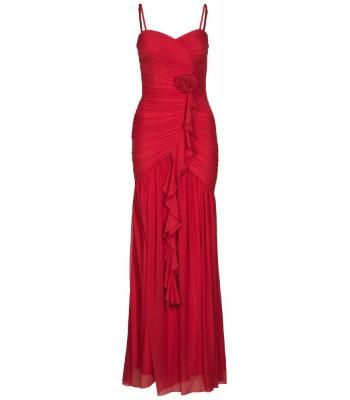 изгодна бална рокля в алено червено