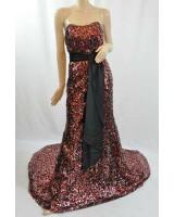бутикова маркова богато орнаментирана бална рокля във вишна