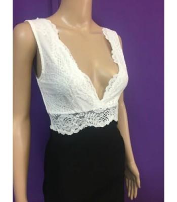 официална бизнес рокля в класически микс от черно и бяло