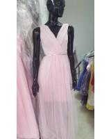 официална рокля в бледо розово със сияещо коланче