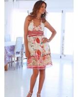 свежа дамска пролетна рокля с цветя рози