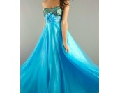 изгодна бална рокля в 3 открояващи се гами