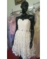 висококачествена дантелена рокля