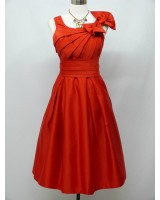 забележителна официална рокля с панделка и коланче в 2 гами
