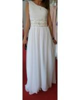 разкошна булчинска рокля с едно рамо и връзки