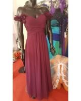 официална рокля с падащи рамене в изискана гама