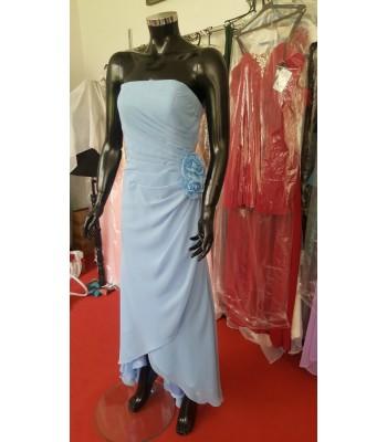 стилна рокля с цветя в морско синьо
