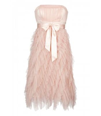 бутикова вечерна абитуриентска рокля в цвят праскова