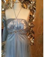 коктейлна рокля с гол гръб