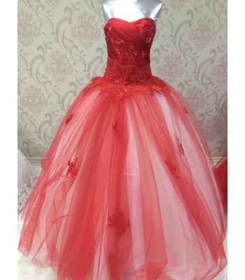 маркова ултра обемна бална рокля в наситено червено с пандела