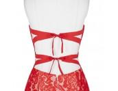 екстравагантна рокля с гол гръб от червена дантела