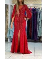 луксозна абитуриентска рокля в страстно червено 2021