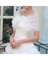 нежно сватбено болеро с вълнист дизайн