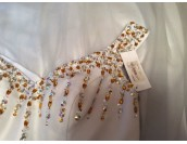 луксозна бутикова рокля в опушена гама за принцеси лимитирана серия