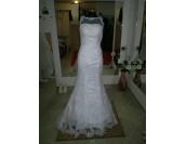 романтична сватбена рокля от бяла дантела