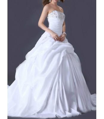 булчинска рокля с ултра обем 2015