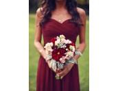 красива официална рокля с цветя