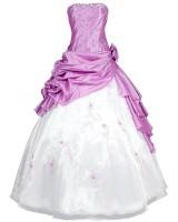 приказна рокля с обем в нежно розово