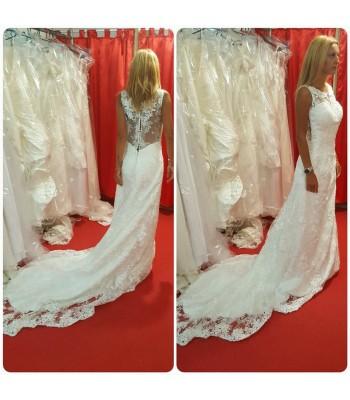 романтична дантелена рокля Palaz Styling с полугол гръб