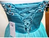 къса кокетна бална рокля в 2 гами