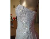 обемна официална рокля в 3 гами