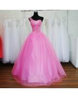 бална рокля за принцеси в бонбонено розов или друг цвят