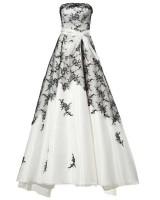 дантелена маркова бална рокля в черно и бяло - класика