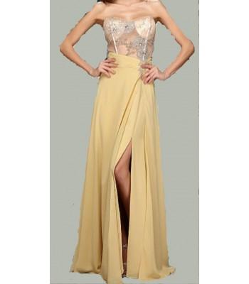 екстравагантна полупрозрачна рокля