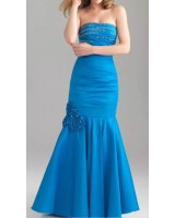 луксозна дизайнерска рокля в морско синьо с цветя