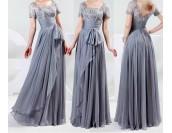 рокля за официални събития декорирана с дантела в опушена гама