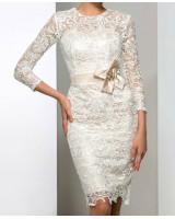 луксозна дантелена рокля стил майка на булката