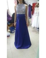 официална рокля с блестящи камъни от луксозен сатен