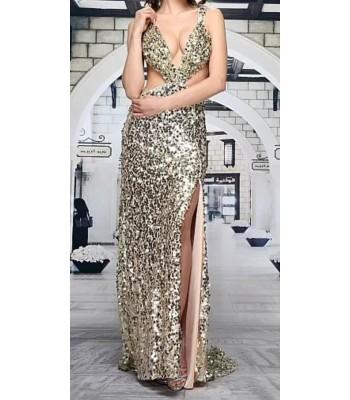 луксозна официална рокля с холивудски дизайн и множество пайети