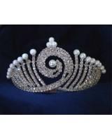 сватбена тиара с перли