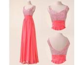 нежна романтична рокля в 3 различни гами