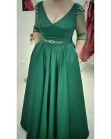 официална рокля с къс ръкав подходяща и за макси дами