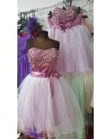 обемна луксозна рокля със сияеща декорация