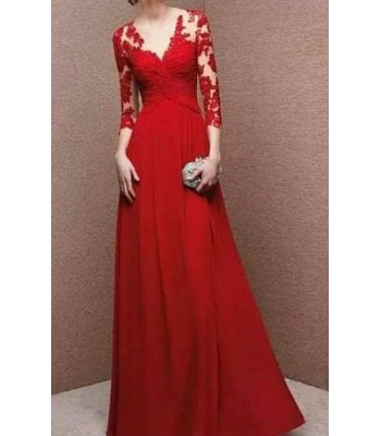 луксозна официална рокля декорирана с червена дантела