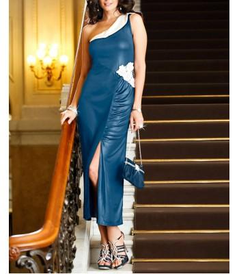 официална рокля в синьо в едно рамо