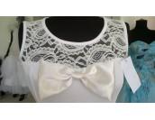 рокля Palaz Styling с дантелени участъци и малък шлейф
