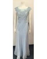 официална дантелена рокля с гол гръб от дантела