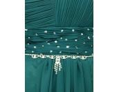 луксозна бална рокля с изискан дизайн