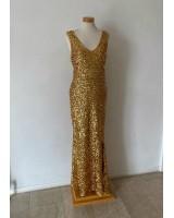бюджетна абитуриентска рокля в луксозна златиста гама обсипана с пайети