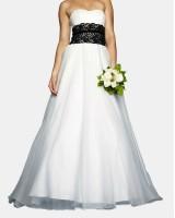 официална дамска рокля декорирана с черна дантела или по поръчка