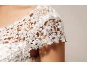 обемна сватбена рокля тип плетка сезон